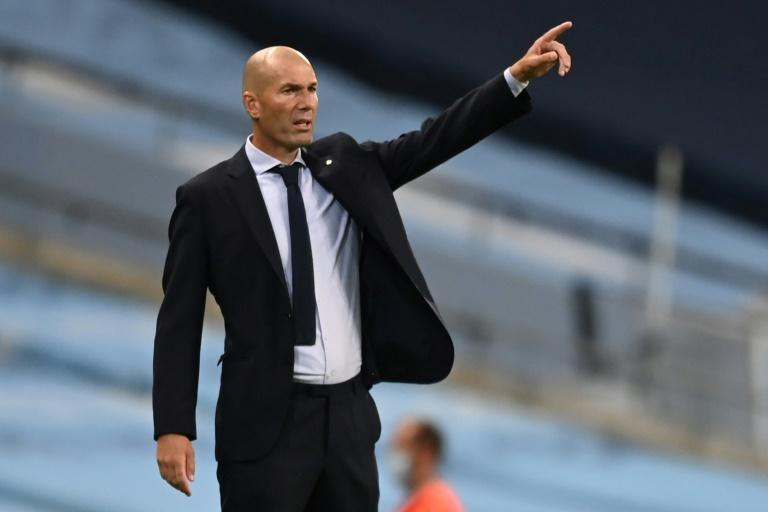 Zinedine Zidane wants Real Madrid to reverse their poor form with a win against Barcelona on Saturday.