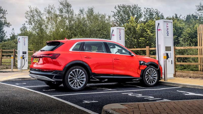 Audi launches one-card charging service in the UK