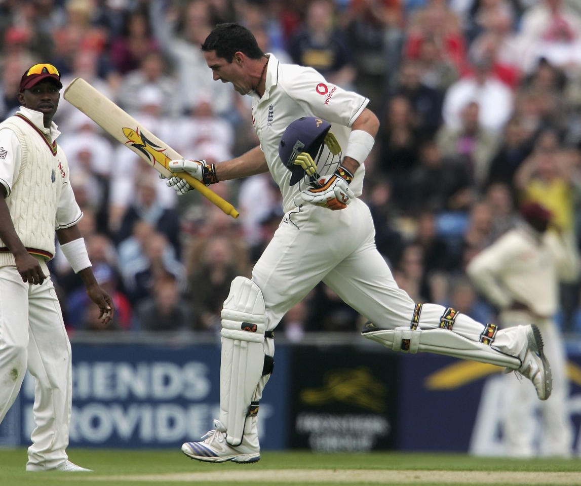 LEEDS, UNITED KINGDOM - MAY 26:  England batsman Kevin Pietersen celebrates after reaching his 200 during day 2 of the Second npower Test Match between England and the West Indies at Headingley on May 26, 2007 in Leeds, England.  (Photo by Stu Forster/Getty Images)