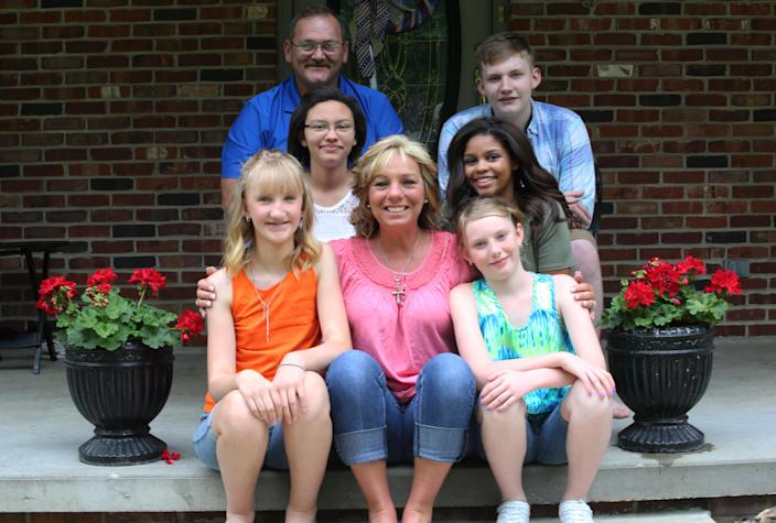 After their children were grown, Lorie and Dwain Hargis weren'€™t ready to be empty nesters. They have since adopted five children through foster care. (Courtesy: Lorie Hargis)
