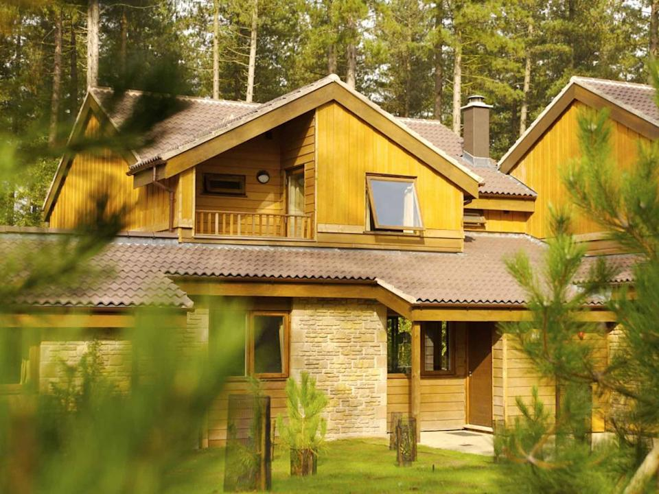 UK: £215, Centerparcs (Center Parcs)
