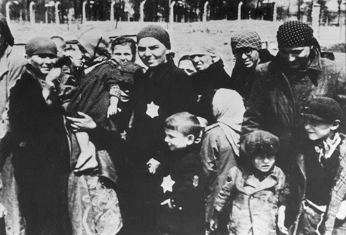 "<span class=""s1"">Jewish women and children at Auschwitz concentration camp in 1943. (Photo: Hulton Archive/Getty Images)</span>"