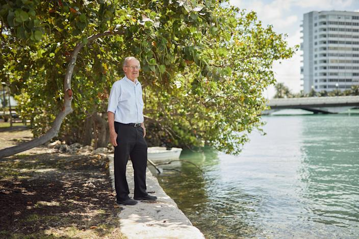 Geologist Harold Wanless looks out over Biscayne Bay. (Photo: Mary Beth Koeth for Yahoo News)