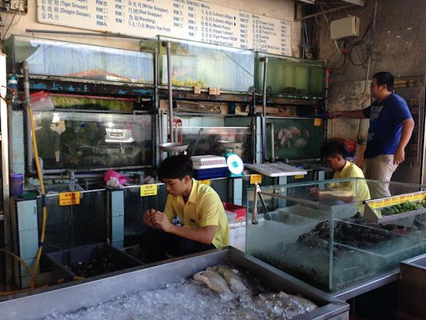 Some seafood restaurants in Sabah have said it does not want to lose out on potential tourist dollars or any side income it may get from selling alcohol and cigarettes.