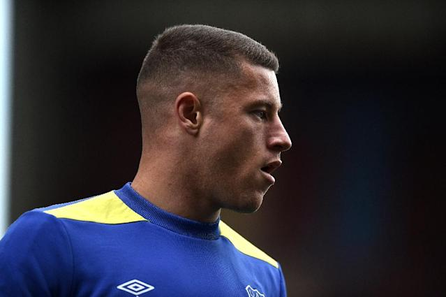 Everton's Ross Barkley has until next weekend to confirm whether he will sign a new long-term contract (AFP Photo/Oli SCARFF)