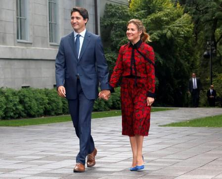 Canada's PM Justin Trudeau and his wife Sophie Gregoire Trudeau arrive at Rideau Hall in Ottawa
