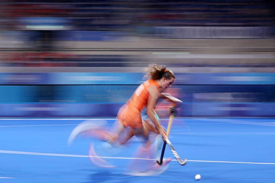 <p>Felice Albers of Team Netherlands runs with the ball during the Women's Gold Medal match between Netherlands and Argentina on day fourteen of the Tokyo 2020 Olympic Games at Oi Hockey Stadium on August 06, 2021 in Tokyo, Japan. (Photo by Alexander Hassenstein/Getty Images)</p>