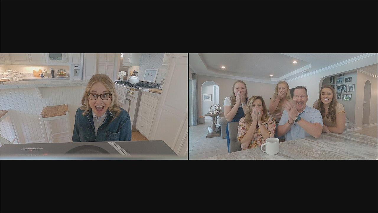 See Brady Bunch Stars Maureen McCormick and Eve Plumb Tackle Home Renos in New HGTV Show