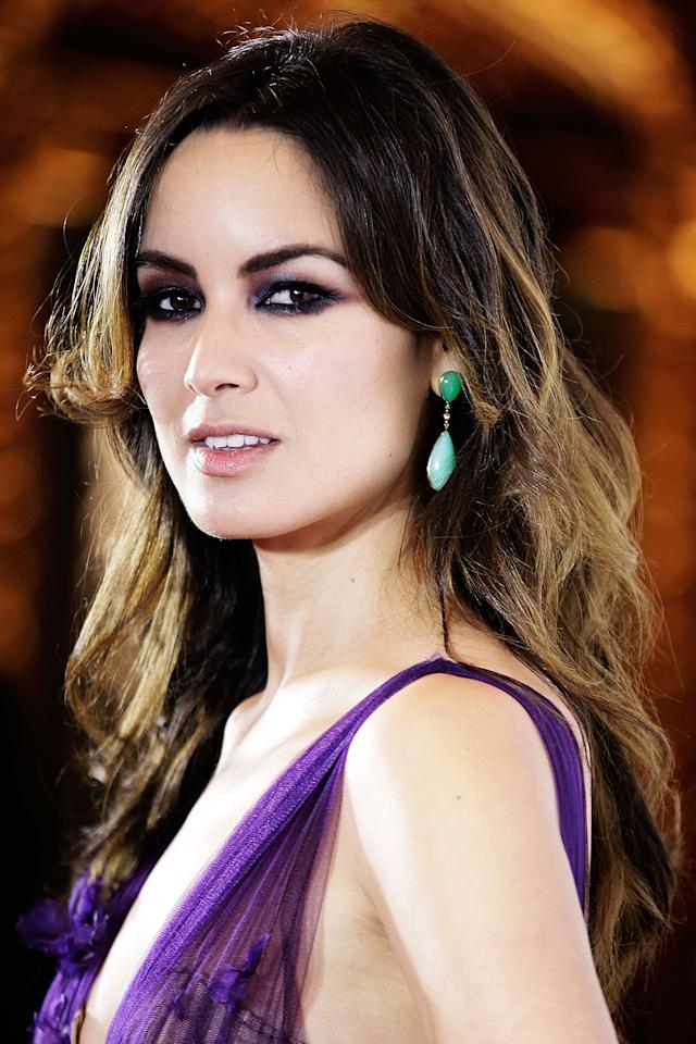 "SYDNEY, AUSTRALIA - NOVEMBER 16:  Berenice Marlohe arrives at the ""Skyfall"" Australian premiere at the State Theatre on November 16, 2012 in Sydney, Australia.  (Photo by Brendon Thorne/Getty Images)"