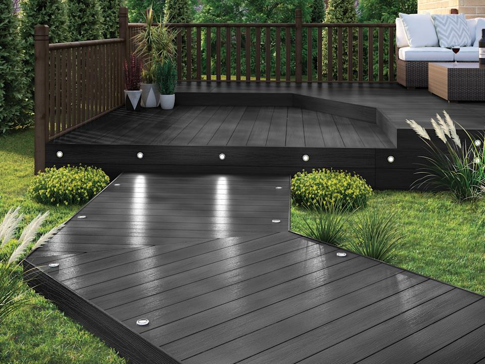 decking pathway with built in lighting