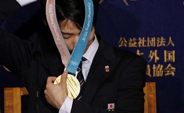 Pyeongchang Olympic Figure Skating Men's Single gold medalist Yuzuru Hanyu attends a news conference at the Foreign Correspondents' Club of Japan in Tokyo, Japan February 27, 2018. REUTERS/Toru Hanai