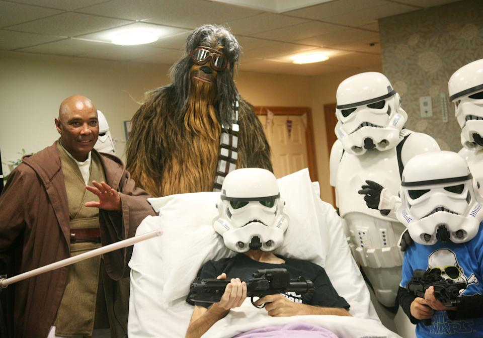 A 'Star Wars' fan at Rowans Hospice in Hampshire has been able to watch 'The Rise of Skywalker' several weeks early. (Credit: Rowans Hospice/PA Wire)