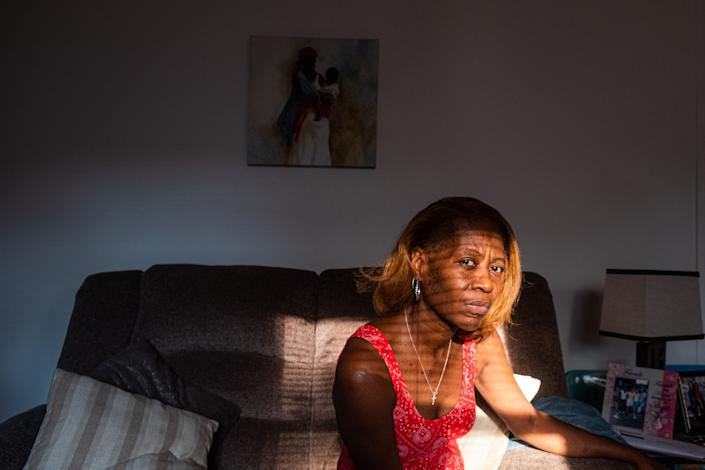 """Linda Long's 33-year-old son Tyrone was killed on July 4 in a drive-by shooting. """"It really hurts my soul,"""" she says<span class=""""copyright"""">Sebastián Hidalgo for TIME</span>"""