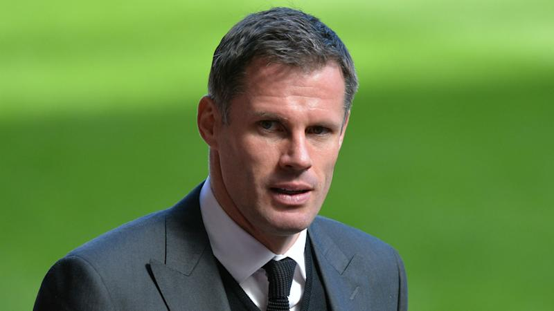 Carragher apologises to Evra for t-shirts worn in support of Luiz Suarez