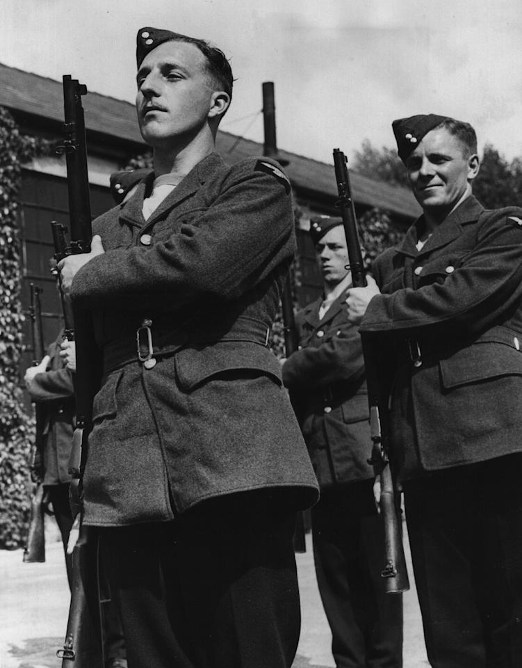 June 1940:  W  Edrich the England and Middlesex cricketer on parade in RAF uniform.  (Photo by Fox Photos/Getty Images)