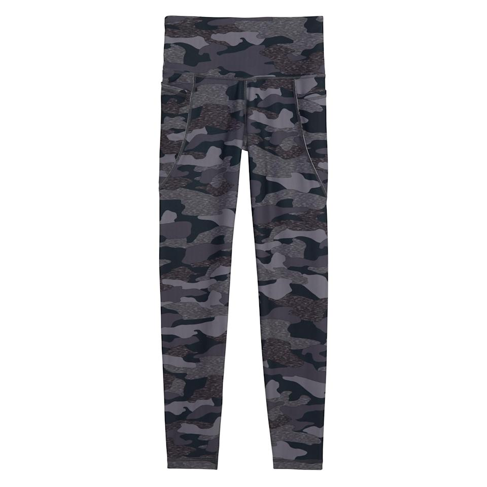 """<p><strong>Old Navy</strong></p><p>oldnavy.gap.com</p><p><strong>$19.97</strong></p><p><a href=""""https://go.redirectingat.com?id=74968X1596630&url=https%3A%2F%2Foldnavy.gap.com%2Fbrowse%2Fproduct.do%3Fpid%3D452136162%23pdp-page-content&sref=https%3A%2F%2Fwww.prevention.com%2Ffitness%2Fworkout-clothes-gear%2Fg35229014%2Ffitness-awards-2021%2F"""" rel=""""nofollow noopener"""" target=""""_blank"""" data-ylk=""""slk:Shop Now"""" class=""""link rapid-noclick-resp"""">Shop Now</a></p><p>Buttery soft but great at wicking away moisture, these super-stretchy leggings (available in 21 colors) are great for cardio or strength workouts (or, let's be honest, errands— they have pockets!). What more could you want?</p>"""