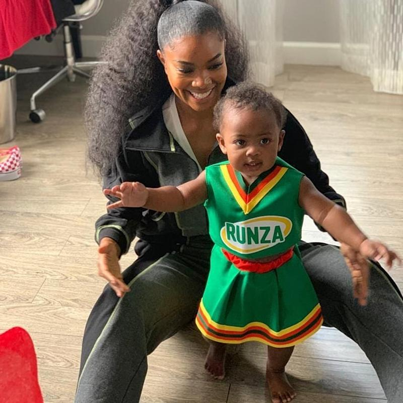 Kaavia Has Her Own Clovers Cheerleading Uniform, Like Gabrielle Union's in Bring It On