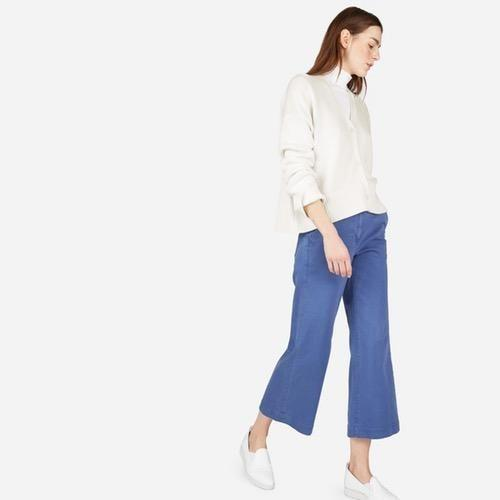 You can never go wrong with an Everlane basic. Available in sizes XS to XL.