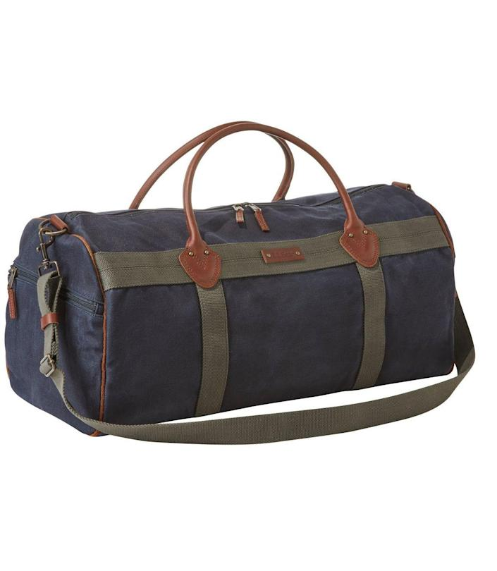 """<p>llbean.com</p><p><strong>$159.00</strong></p><p><a href=""""https://go.redirectingat.com?id=74968X1596630&url=https%3A%2F%2Fwww.llbean.com%2Fllb%2Fshop%2F121981%3Fpage%3Dwaxed-canvas-duffle%26feat%3Dweekender-SR0%26csp%3Da%26attrValue_0%3DClassic%2BNavy%26searchTerm%3Dweekender%26pos%3D2&sref=https%3A%2F%2Fwww.thepioneerwoman.com%2Ffashion-style%2Fg32388887%2Fbest-weekender-bags%2F"""" rel=""""nofollow noopener"""" target=""""_blank"""" data-ylk=""""slk:BUY NOW"""" class=""""link rapid-noclick-resp"""">BUY NOW</a></p><p>L.L.Bean is known for its all-weather gear, and this bag is a prime example. It's made of weather-resistant waxed canvas and has a reinforced bottom to keep your stuff safe no matter what. <br></p>"""