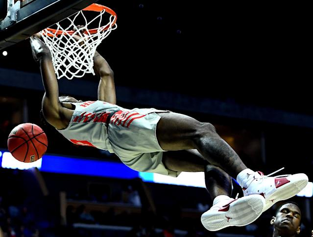 <p>Dejon Jarreau #13 of the Houston Cougars dunks the ball against the Georgia State Panthers during the first half in the first round game of the 2019 NCAA Men's Basketball Tournament at BOK Center on March 22, 2019 in Tulsa, Oklahoma. </p>
