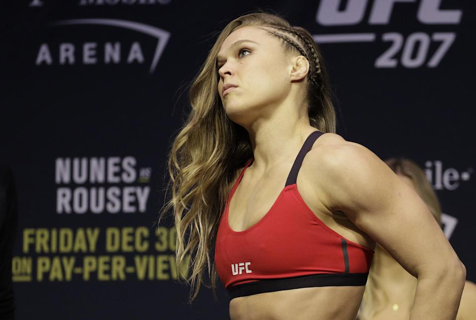 Should former UFC champion Ronda Rousey fight Cris Cyborg in the Octagon?