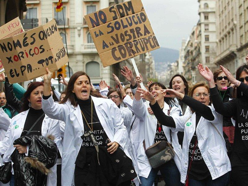 Big protests in Spain against health care