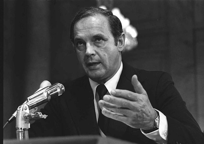 <p>Alexander Porter Butterfield, testifies Monday July 16, 1973, before the Senate Watergate Committee. (Photo: AP) </p>