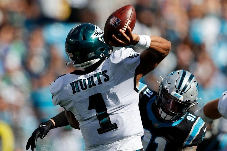 EAGLES-PANTHERS (AP)