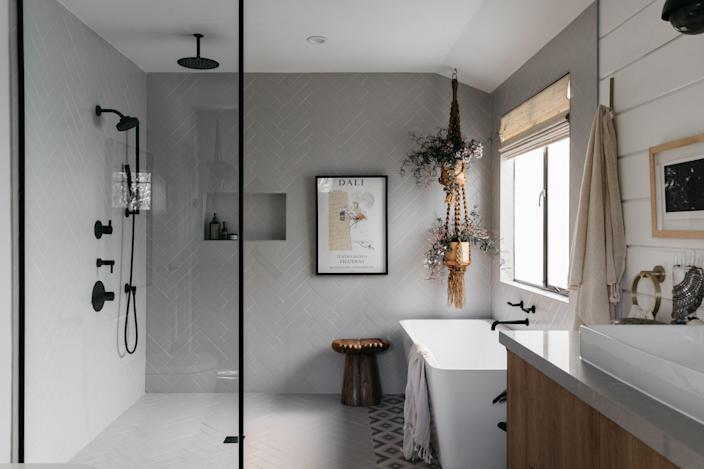 AFTER: The bathroom takes a more minimalist approach.