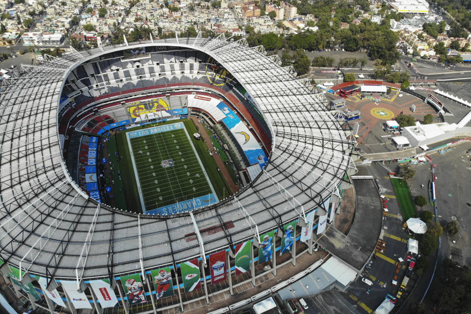 MEXICO CITY, MEXICO - NOVEMBER 17: Aerial view of the Estadio Azteca's pitch a day before the NFL Monday night at Azteca Stadium on November 17, 2019 in Mexico City, Mexico. The Azteca Stadium will hold the NFL game between Chiefs and Chargers on November 18. (Photo by Jaime Lopez/Jam Media/Getty Images)