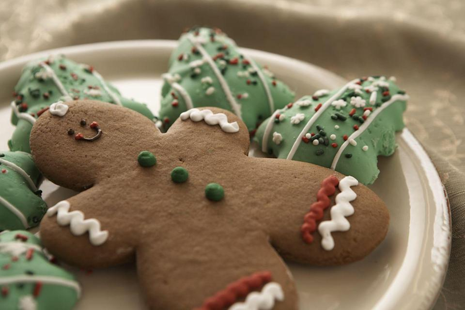 "<p>Every year, without fail, there are New Yorkers cooking up a Christmas gingerbread storm. </p><p>Get the <a href=""https://www.delish.com/cooking/recipe-ideas/a50468/gingerbread-cookies-recipe/"" rel=""nofollow noopener"" target=""_blank"" data-ylk=""slk:recipe"" class=""link rapid-noclick-resp"">recipe</a>.</p>"