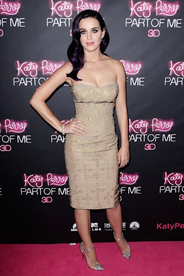 "SYDNEY, AUSTRALIA - JUNE 30:  Katy Perry arrives at the ""Katy Perry: Part Of Me"" Australian Premiere on June 30, 2012 in Sydney, Australia.  (Photo by Brendon Thorne/Getty Images)"