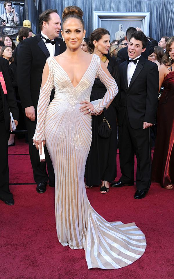 HOLLYWOOD, CA - FEBRUARY 26:  Actress Jennifer Lopez arrives at the 84th Annual Academy Awards at Hollywood & Highland Center on February 26, 2012 in Hollywood, California.  (Photo by Gregg DeGuire/FilmMagic)