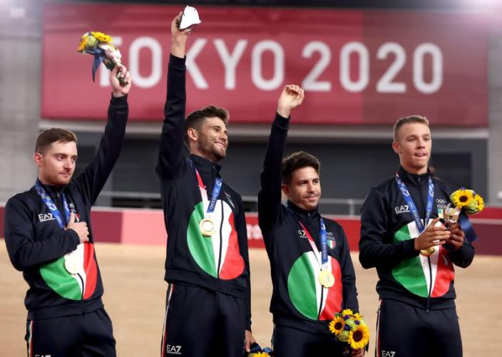 Cycling - Track - Men's Team Pursuit - Medal Ceremony