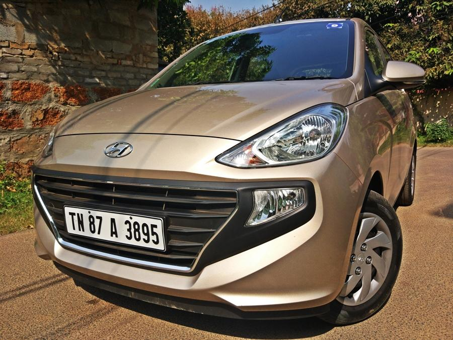 <p>Hyundai Santro AMT (Rs. 5.47 lakh) : Hyundai did not source its AMT gearbox from anywhere and thus the result is that instead it went on its own to make one. The Santro AMT is the best automatic hatchback in terms of performance, smoothness of the AMT and usability. It is also priced well and for its price offers a lot. It is by far the smoothest AMT. </p>