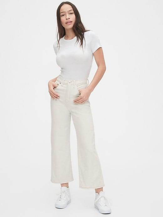 <p>We love the look of these cool <span>Gap High Rise Wide-Leg Crop Jeans</span> ($70) with a white t-shirt.</p>