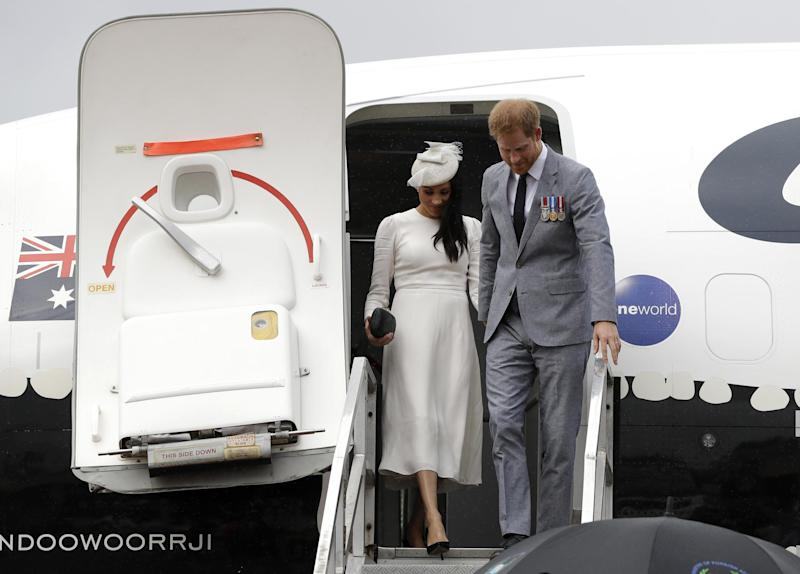 Harry and Meghan using a commercial jet (Getty Images)