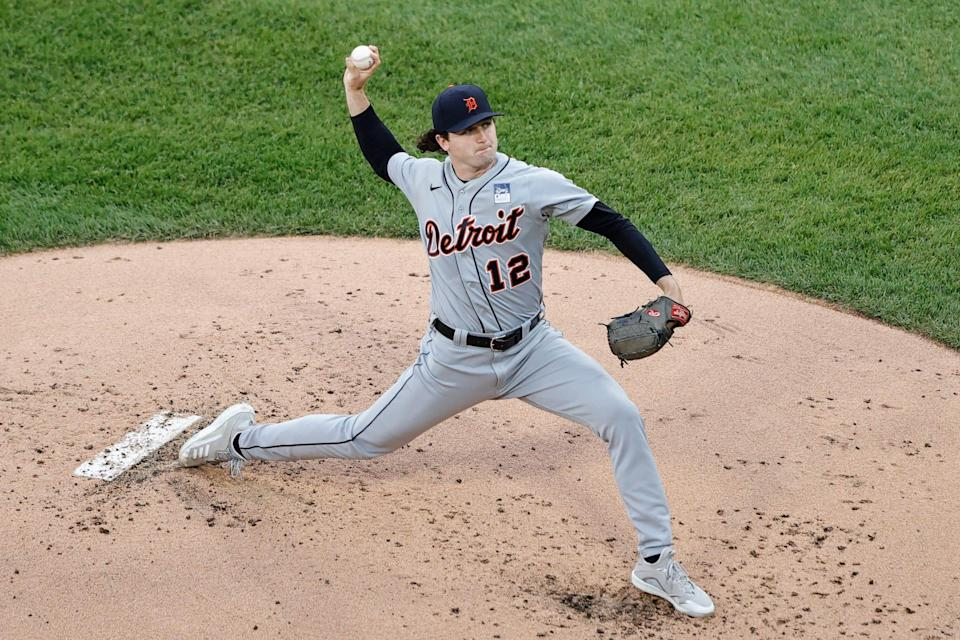 Tigers pitcher Casey Mize delivers a pitch against the White Sox during the first inning on Thursday, June 3, 2021, in Chicago.
