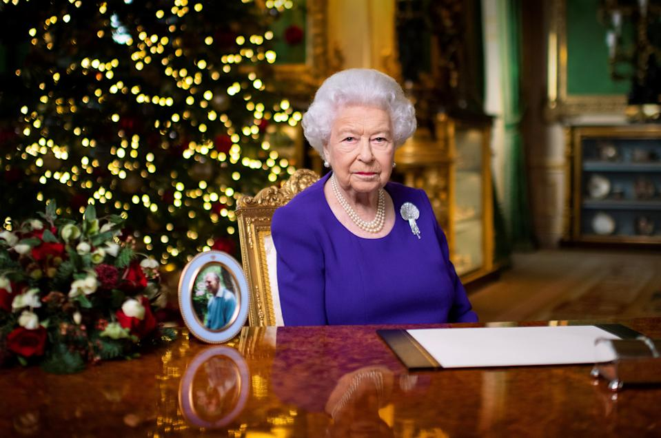 Britain's Queen Elizabeth II records her annual Christmas broadcast in Windsor Castle, Berkshire, Britain December 24, 2020. Picture taken December 24, 2020.   Victoria Jones/Pool via REUTERS