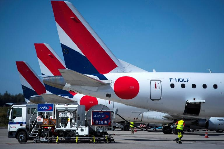 How serious are airlines about cutting emissions? (AFP Photo/JOEL SAGET)