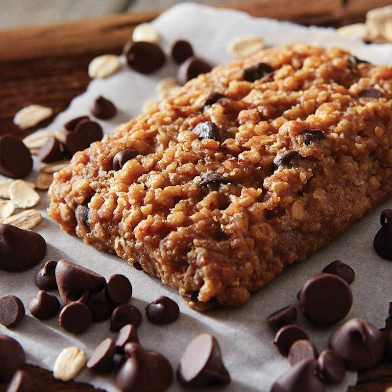Clif bars are made from real chocolate, GMO-free dried fruit and organic oatmeal. (Photo: Amazon)