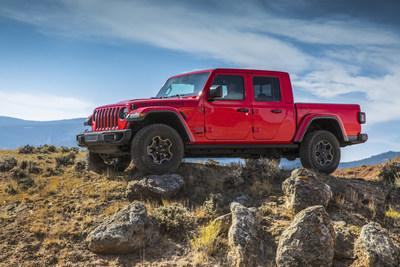 """The 2020 Jeep® Gladiator Rubicon has been named FOUR WHEELER """"2020 Pickup of the Year."""""""