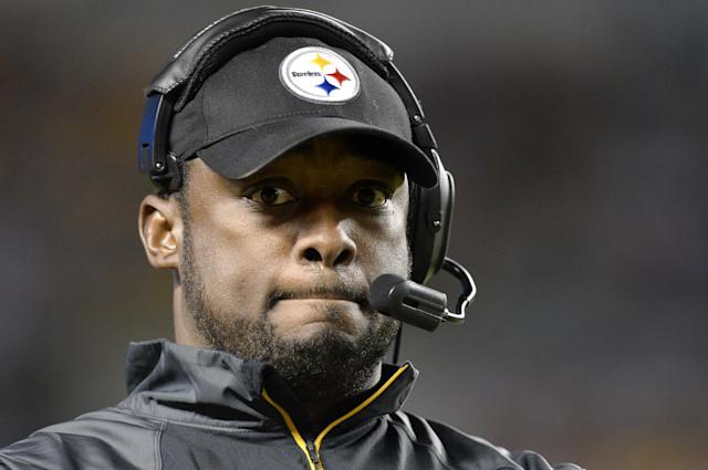 Pittsburgh Steelers head coach Mike Tomlin walks the sideline as his team is losing to the Chicago Bears in the fourth quarter of an NFL football game on Sunday, Sept. 22, 2013, in Pittsburgh. The Steelers lost 40-23. (AP Photo/Don Wright)