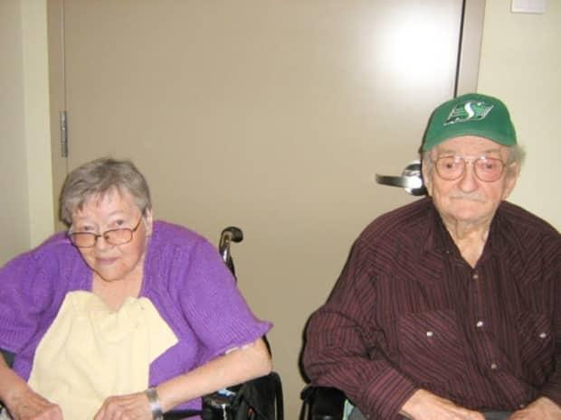 Reunited again, Theresa and James Kovach have meals together at the Kipling Integrated Health Centre. (submitted by Sharon Kovach - image credit)