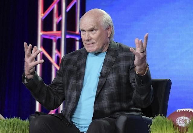 """Terry Bradshaw started a feud with Mike Tomlin when he called the Steelers coach a """"cheerleader."""" (AP)"""