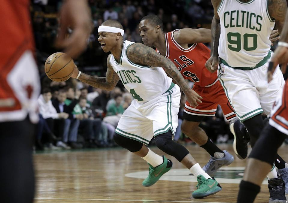 Boston's current star point guard, Isaiah Thomas, and its former star point guard, Rajon Rondo, will face off in Round 1. (AP)