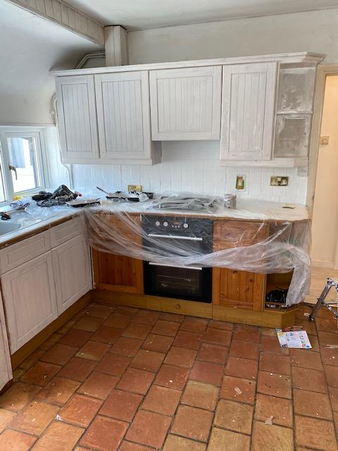 The kitchen mid-transformation. (Supplied Tap Warehouse/@21Oakham)