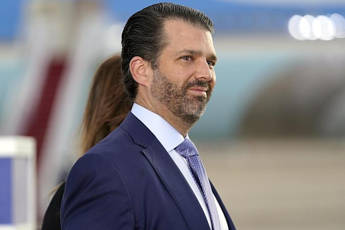 <p>Donald Trump Jr. gets emotional as his father departs. </p>