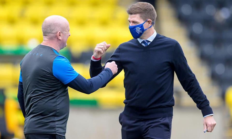 David Martindale with the Rangers manager, Steven Gerrard, in August.