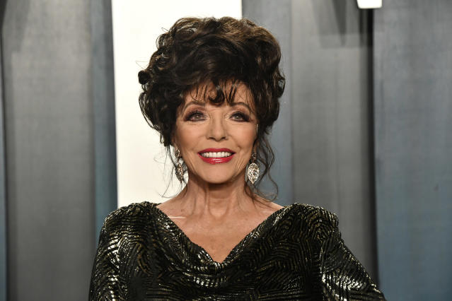 Joan Collins at the 2020 Vanity Fair Oscar Party. (Frazer Harrison/Getty Images)